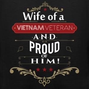 Wife of a vietnam veteran and proud of him - Men's Premium Tank