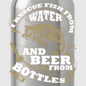 Fishing - I rescue fish from water and beer - Water Bottle