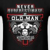 Gym - Never underestimate an old man with muscles - Men's T-Shirt