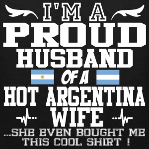argentina wife 121290129012901.png T-Shirts - Men's Premium Tank
