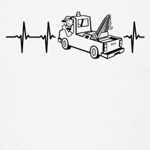 My heart beats for tow-cars Caps - Men's T-Shirt