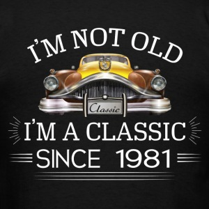 Classic since 1981 Hoodies - Men's T-Shirt