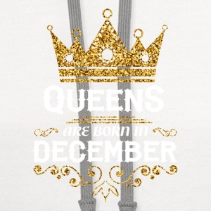 queens are born in december Caps - Contrast Hoodie
