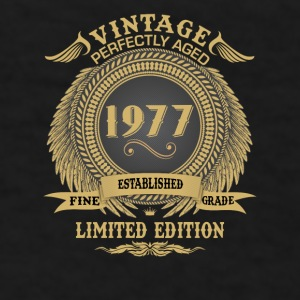 Vintage Perfectly Aged 1977 Limited Edition Mugs & Drinkware - Men's T-Shirt