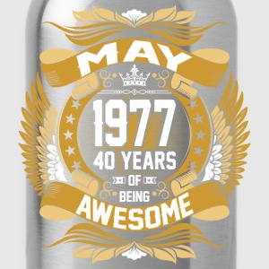 May 1977 40 Years Of Being Awesome T-Shirts - Water Bottle