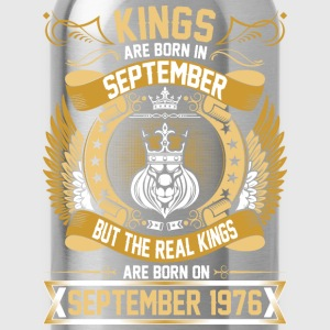The Real Kings Are Born On September 1976 T-Shirts - Water Bottle