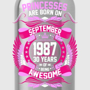 Princesses Are Born On September 1987 30 Years T-Shirts - Water Bottle