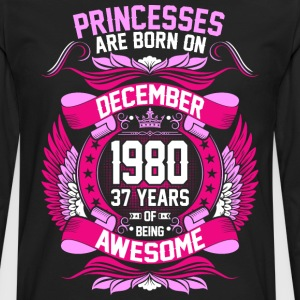 Princesses Are Born On December 1980 37 Years T-Shirts - Men's Premium Long Sleeve T-Shirt