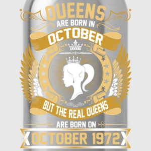 TThe Real Queens Are Born On October 1972 T-Shirts - Water Bottle