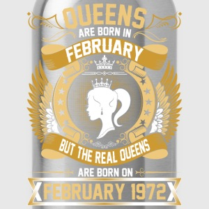 The Real Queens Are Born On February 1972 T-Shirts - Water Bottle