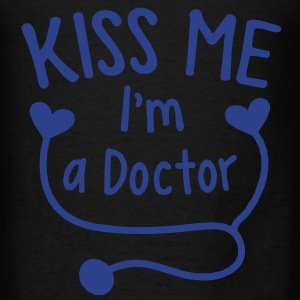 KISS ME I'm a Doctor! with love heart stethoscope Bags  - Men's T-Shirt