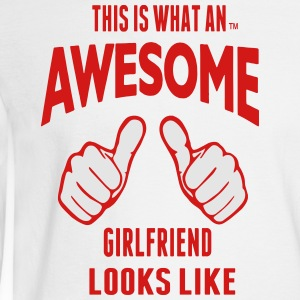 THIS IS WHAT AN AWESOME GIRLFRIEND LOOKS LIKE - Men's Long Sleeve T-Shirt