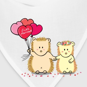 hedgehog couple with heart balloons Women's T-Shirts - Bandana