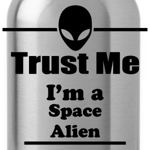 Trust Me I'm a Space Alien - Space - Scifi T-Shirts - Water Bottle