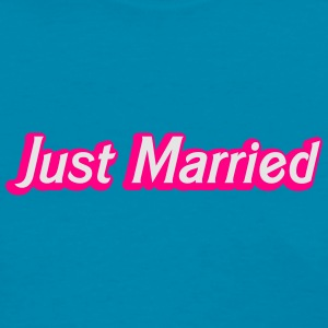 Just Married! cute recently married couples shirt Tanks - Women's T-Shirt