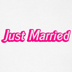 Just Married! cute recently married couples shirt Bottles & Mugs - Men's T-Shirt