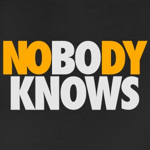 NOBODY KNOWS BUT BO T-Shirts - Leggings