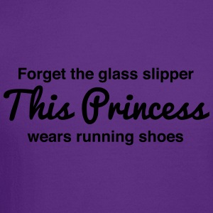 This princess wears running shoes Women's T-Shirts - Crewneck Sweatshirt