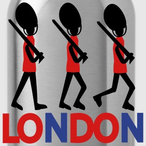 LONDON Queen's Guard Women's Fitted Classic T-shir - Water Bottle