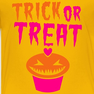 TRICK or TREAT creepy scary cupcake! Kids' Shirts - Toddler Premium T-Shirt