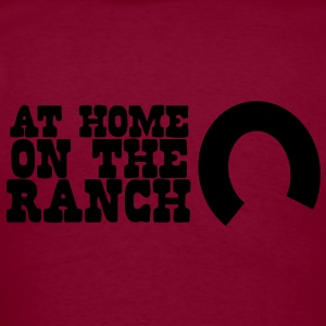 At home on the ranch with horseshoe Hoodies - Men's T-Shirt