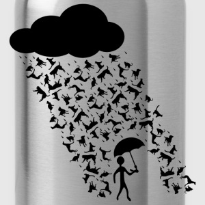 raining cats and dogs Long Sleeve Shirts - Water Bottle