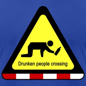 Drunken people crossing sign - Men's T-Shirt by American Apparel