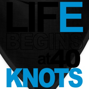 Life begins at 40 knots! Hoodies - Bandana