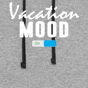 Vacation Mood on T-Shirt - Colorblock Hoodie