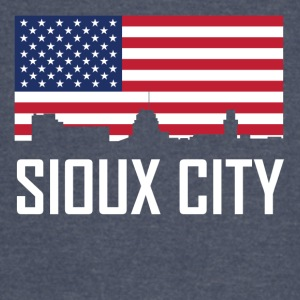 Sioux City Iowa Skyline American Flag - Vintage Sport T-Shirt