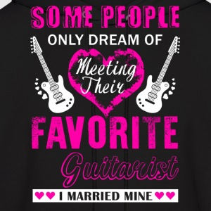 Guitarist Wife Shirt - Men's Hoodie