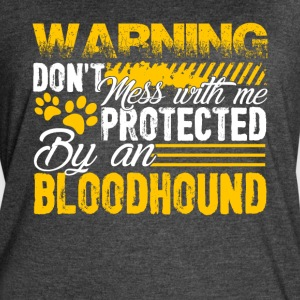 PROTECTED BY BLOODHOUND DOG SHIRT - Women's Vintage Sport T-Shirt