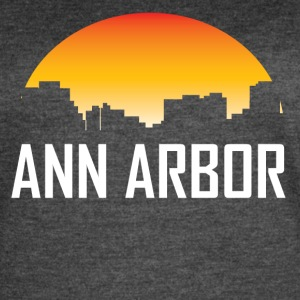 Ann Arbor Michigan Sunset Skyline - Women's Vintage Sport T-Shirt