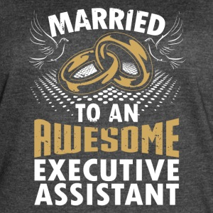 Married To An Awesome Executive Assistant - Women's Vintage Sport T-Shirt