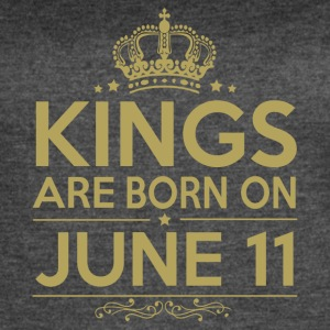 Kings are born on APRIL 11 - Women's Vintage Sport T-Shirt