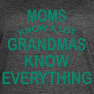 grandmas know everything - Women's Vintage Sport T-Shirt