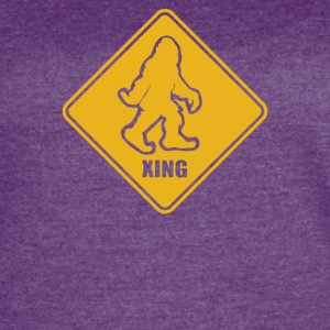 Big Foot Xing Big Foot Crossing Sasquatch - Women's Vintage Sport T-Shirt