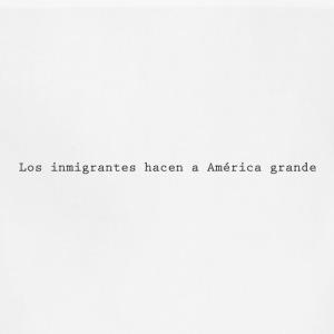 Immigrants make America great (Spanish) - Adjustable Apron