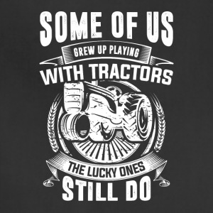 PLAYING WITH TRACTORS TSHIRT - Adjustable Apron