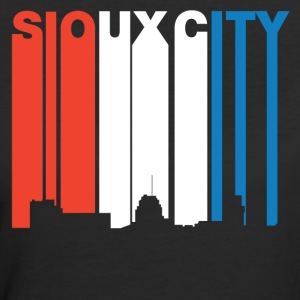 Red White And Blue Sioux City Iowa Skyline - Women's 50/50 T-Shirt