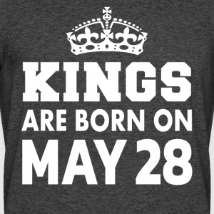 Kings are born on May 28 - Men's 50/50 T-Shirt