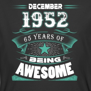 December 1952 - 65 years of being awesome - Men's 50/50 T-Shirt