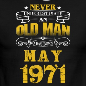 An Old Man Who Was Born In May 1971 - Men's Ringer T-Shirt