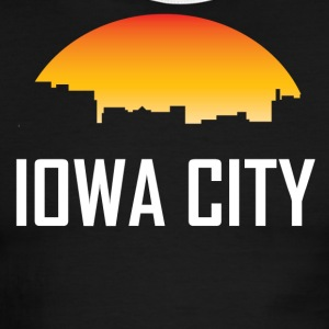 Iowa City Iowa Sunset Skyline - Men's Ringer T-Shirt