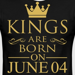 Kings are born on June 04 - Men's Ringer T-Shirt
