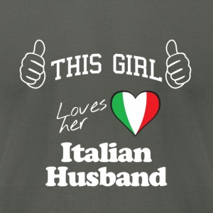 This girl loves - Men's T-Shirt by American Apparel