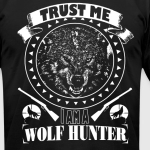 WOLF HUNTER - Men's T-Shirt by American Apparel