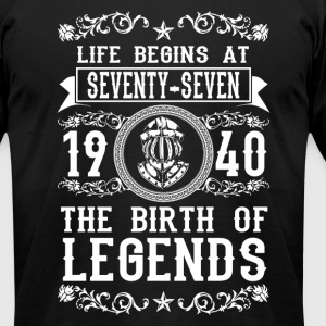 1940 - 77 years - Legends - 2017 - Men's T-Shirt by American Apparel