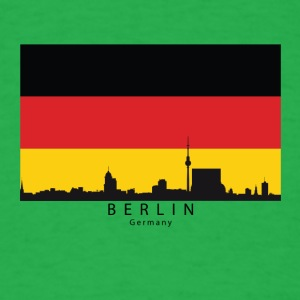 Berlin Germany Skyline German Flag - Men's T-Shirt