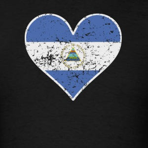 Distressed Nicaraguan Flag Heart - Men's T-Shirt